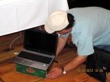 Paul-Longoria-setting-up-